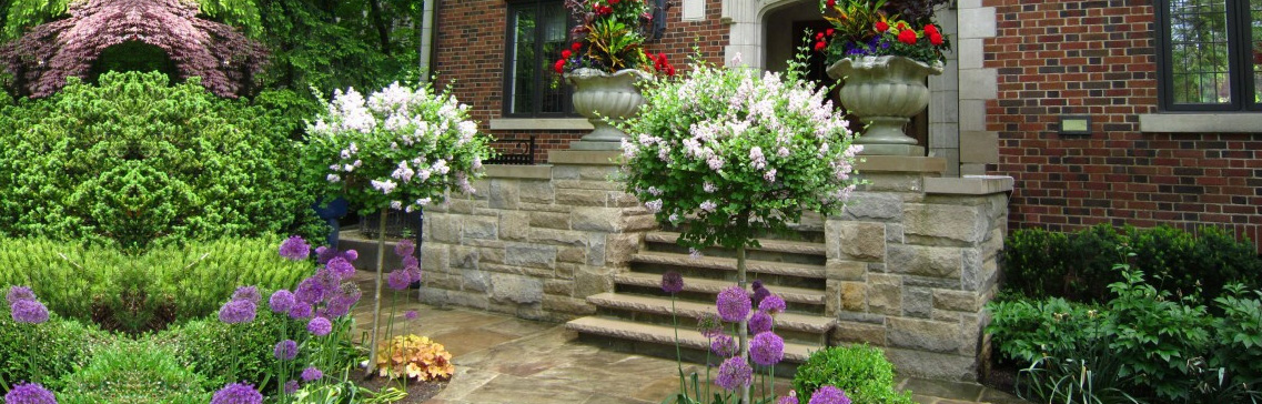 beautiful front yard landscaping in toronto